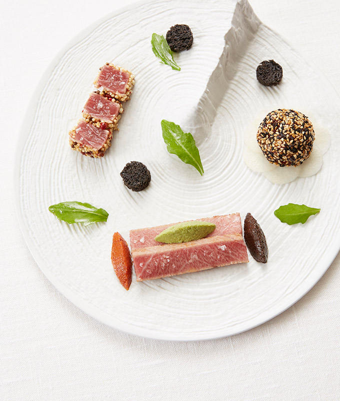 """Trilogy of tuna from the JY'S with our Sancerre Blanc """"Mégalithe"""""""